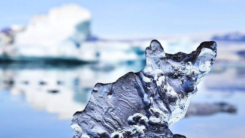 un trozo de hielo