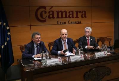 Pedro Ortega llama al empresariado a prepararse ante las consecuencias del brexit