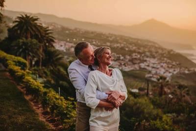 Islas Canarias renueva su material promocional de bodas y viajes románticos para ajustarse a las tendencias actuales