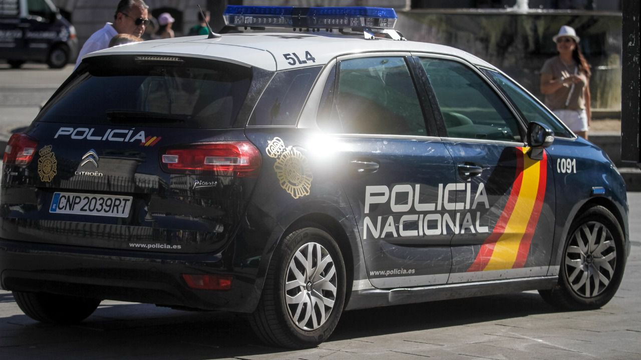 Cinco detenidos como presuntos autores de robos con violencia en comercios