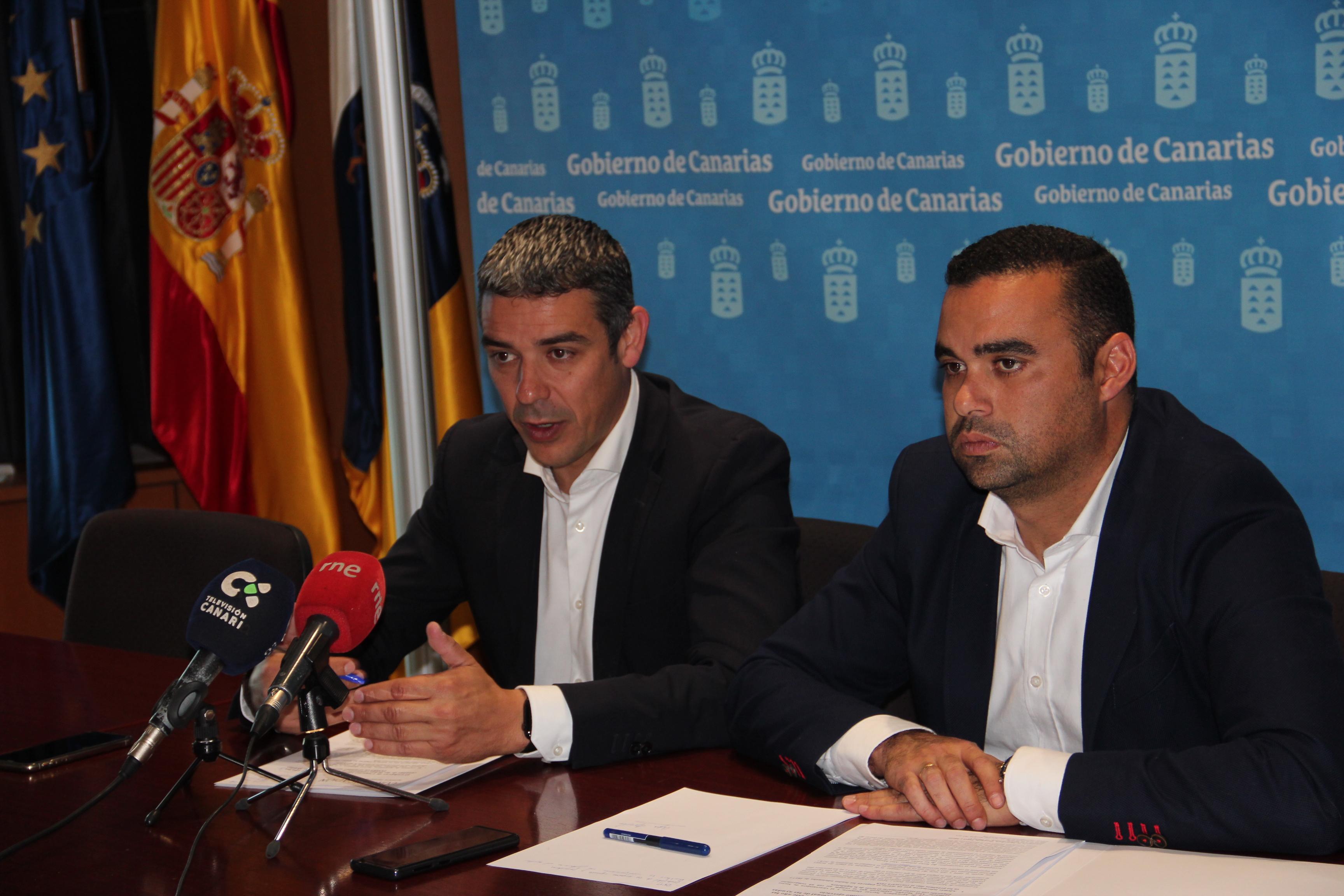 Narvay Quintero y Abel Morales