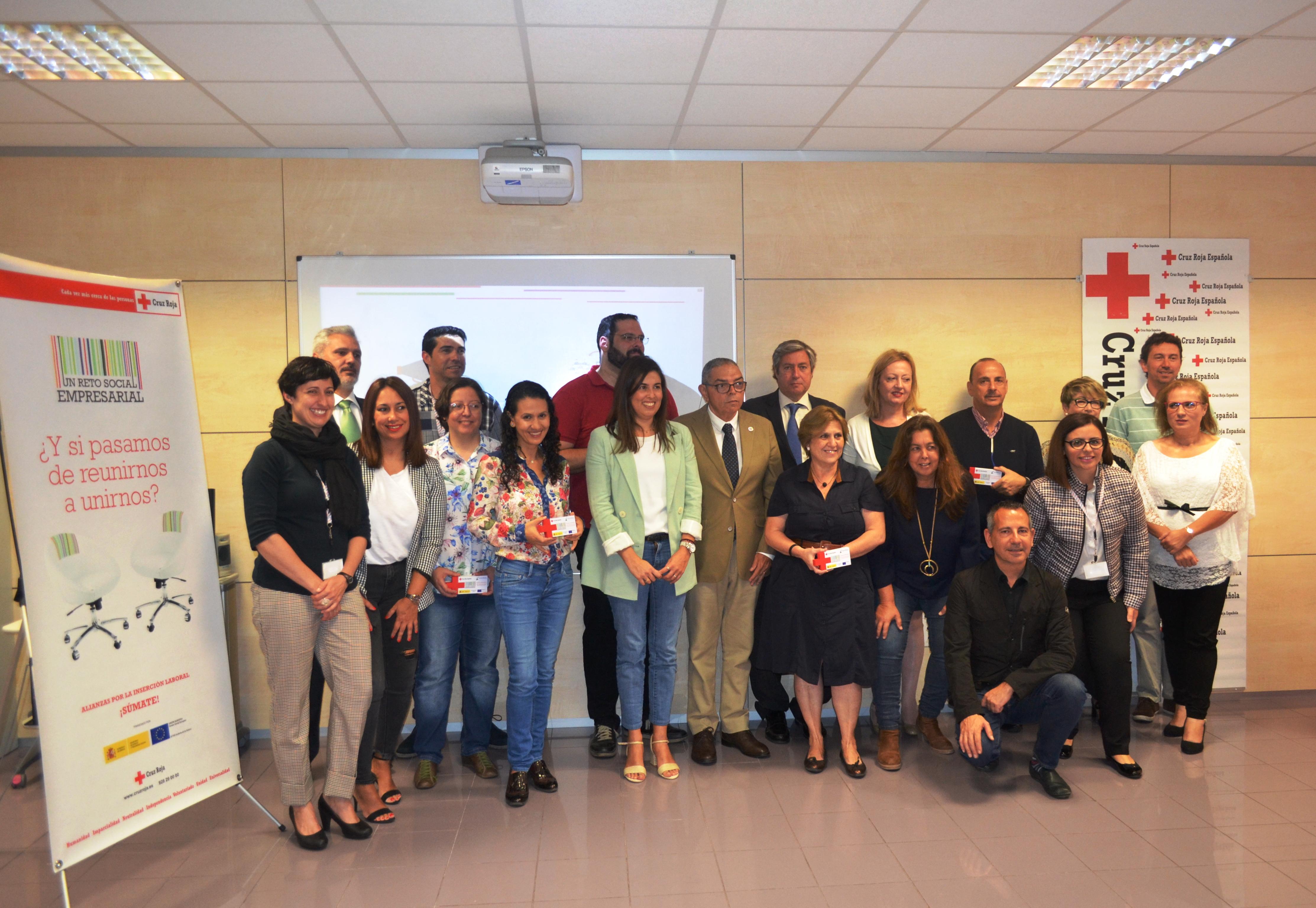 Más de 200 empresas colaboran con Cruz Roja para mejorar la empleabilidad de las personas