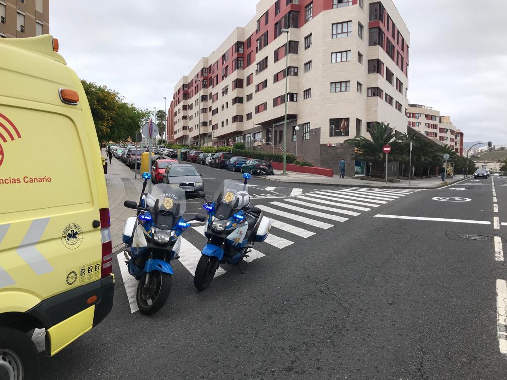 Una mujer embarazada herida en un accidente de tráfico en Las Palmas de Gran Canaria