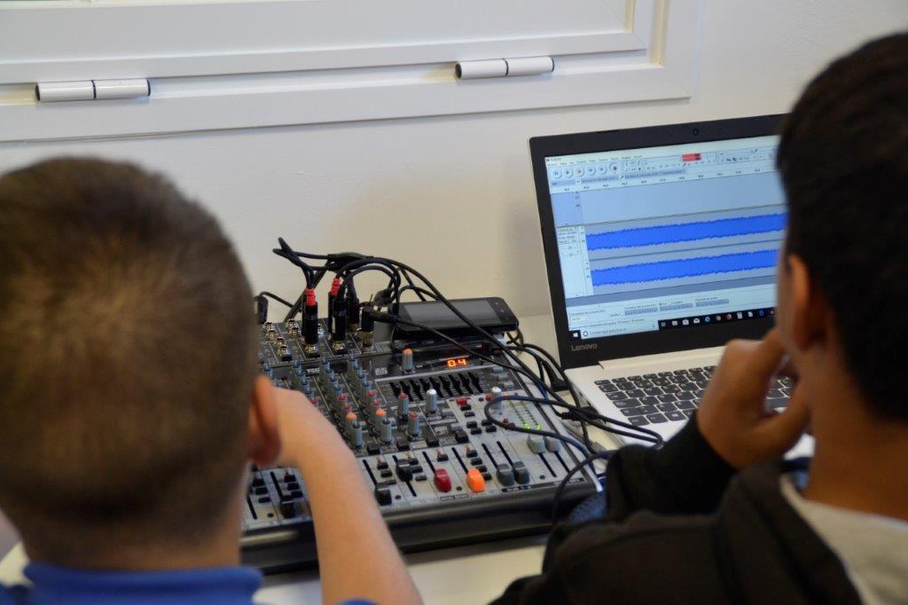 Radios escolares en Canarias