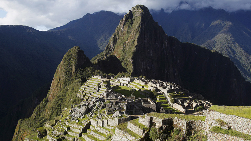 Vista general de la ciudadela inca de Machu Picchu