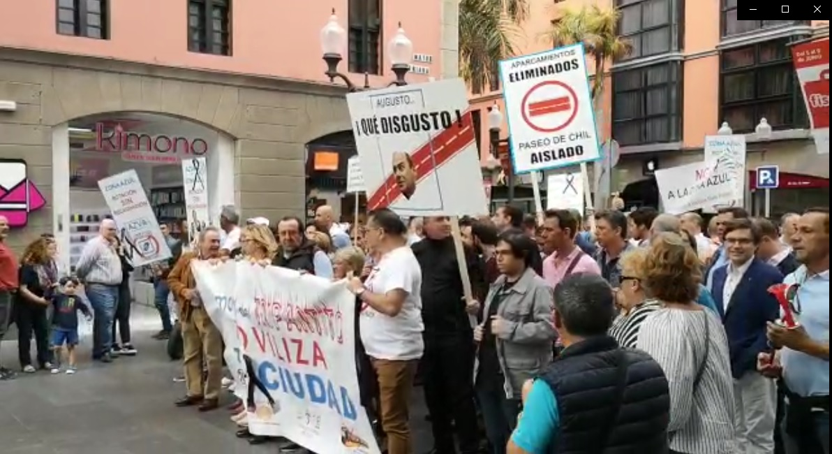 Manifestación contra los carriles bici de Las Palmas de Gran Canaria