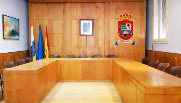 El pleno del Ayuntamiento de Valle Gran Rey aprueba la deuda extrajudicial del 2018