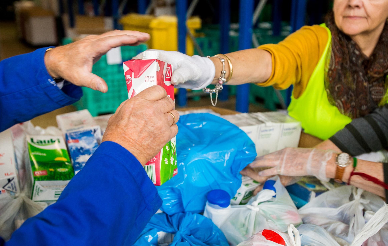Impulsan recogida de leche a través de Bancos de Alimentos de Las Palmas