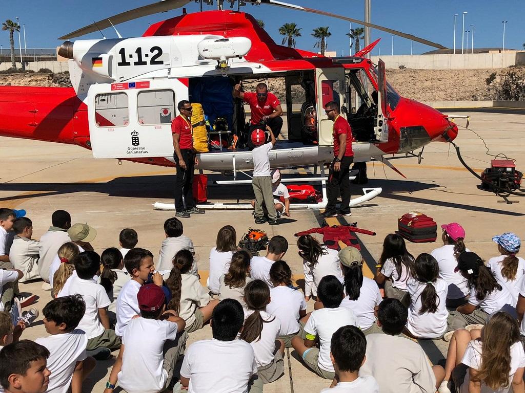 Escolares visitan la base del GES