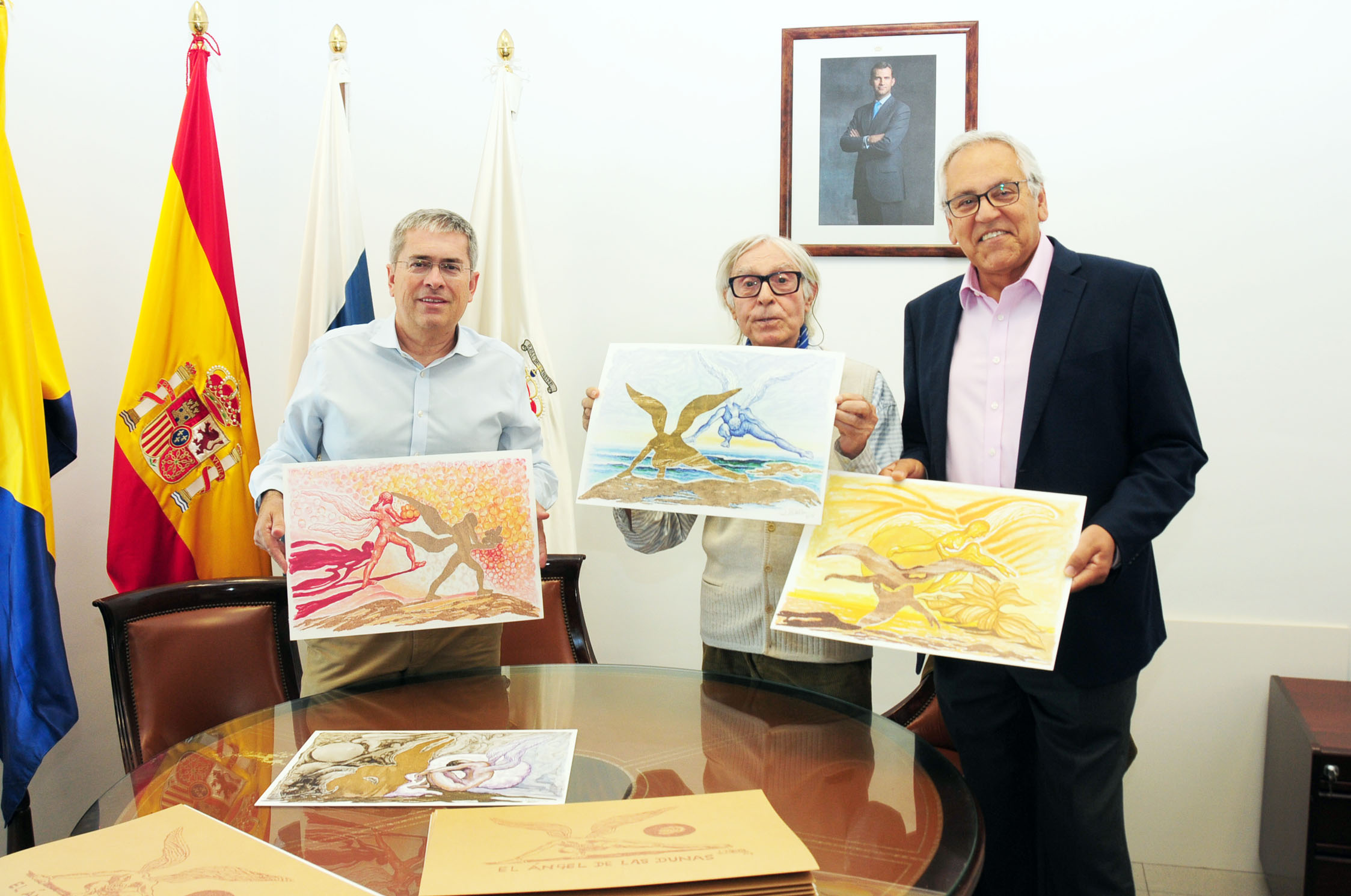San Bartolomé de Tirajana adquiere mil láminas de 'El Ángel de las Dunas' de Pepe Dámaso