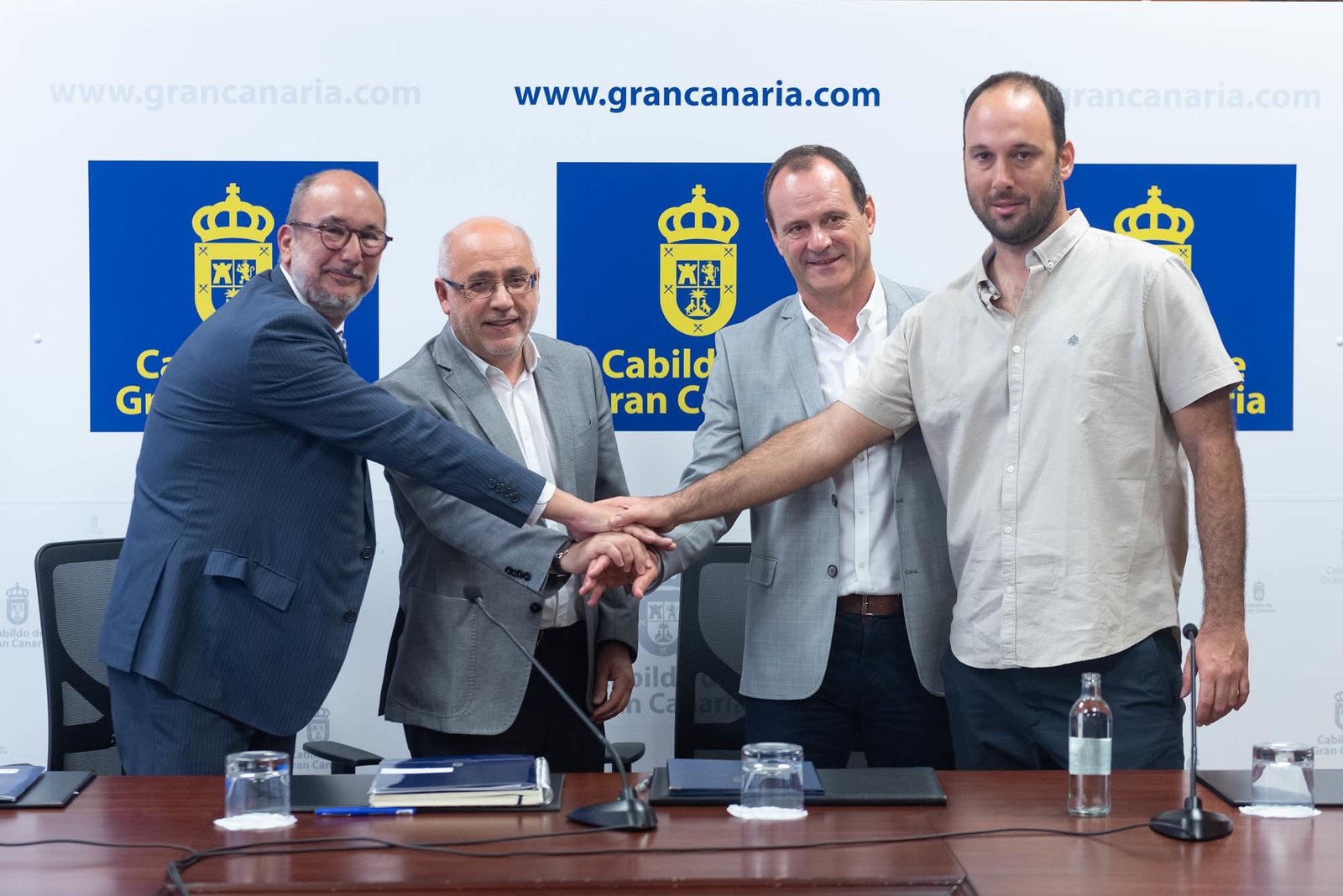 CB Gran Canaria y Agüimes firman un convenio que salva la temporada