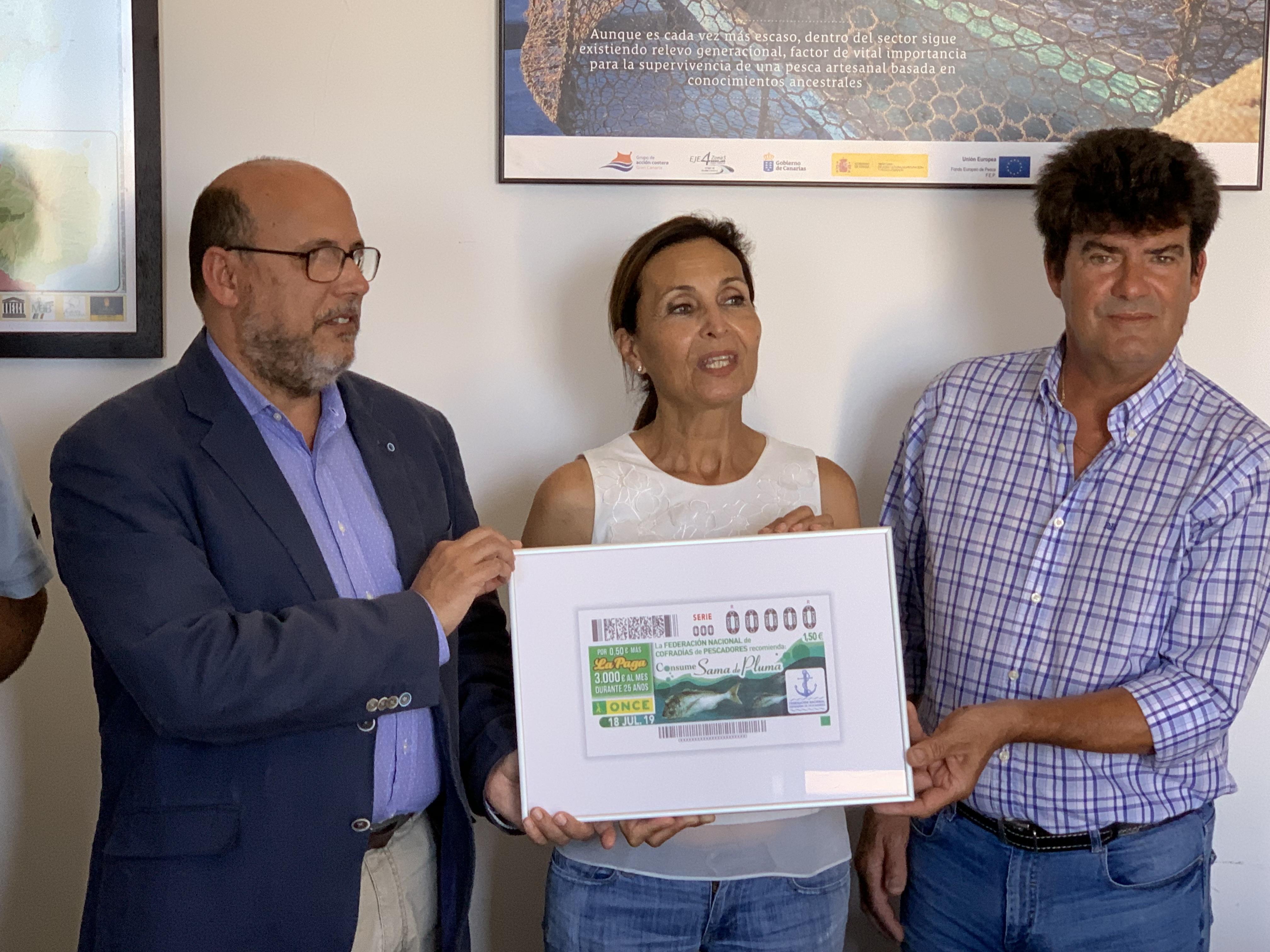 La ONCE y las Cofradías de Pescadores de Canarias impulsan el consumo de Sama de Pluma