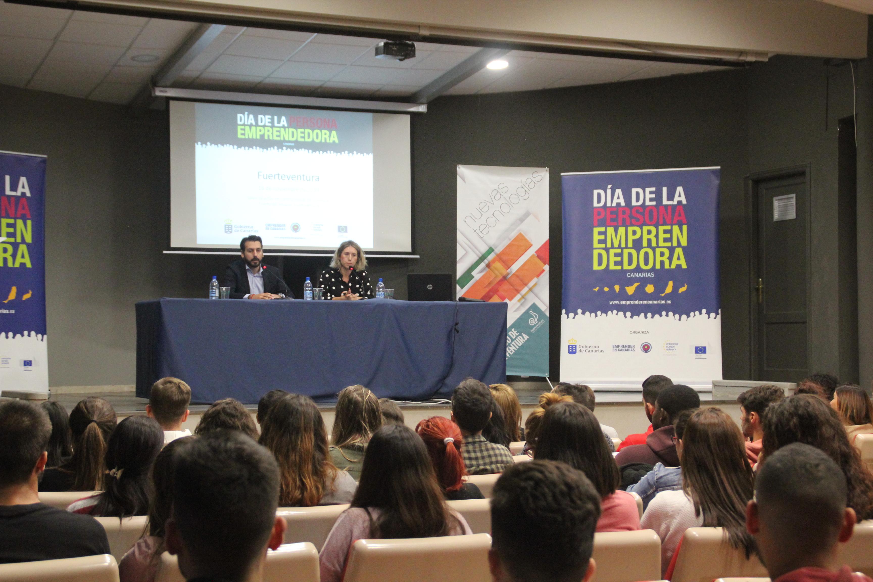 Cabildo de Fuerteventura y Gobierno de Canarias imparten unas jornadas por el 'Día de la Persona Emprendedora'