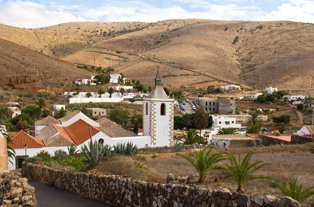 Betancuria y Teguise recogerán en Fitur su acreditación como Pueblos más Bonitos de España