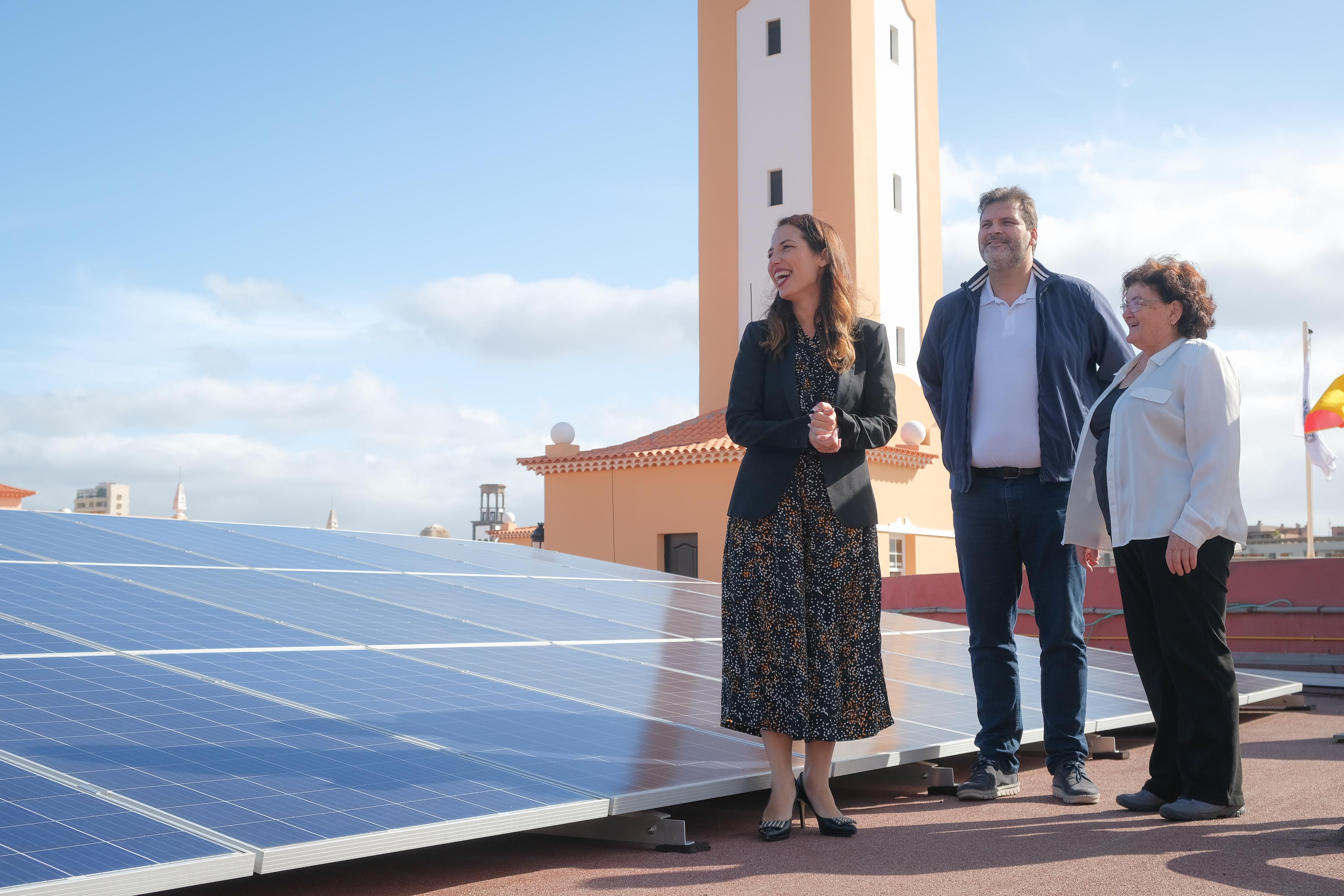 El Mercado Nuestra Señora de África reducirá a la mitad su consumo eléctrico con la instalación de paneles solares