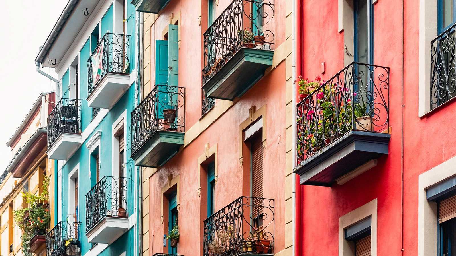 Las hipotecas para la compra de vivienda bajan un 17,5 % en marzo en Canarias
