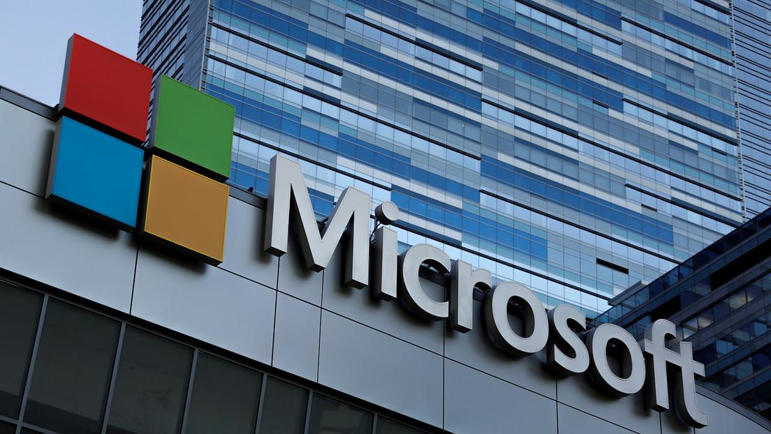 Microsoft despide a docenas de empleados y los reemplaza con inteligencia artificial