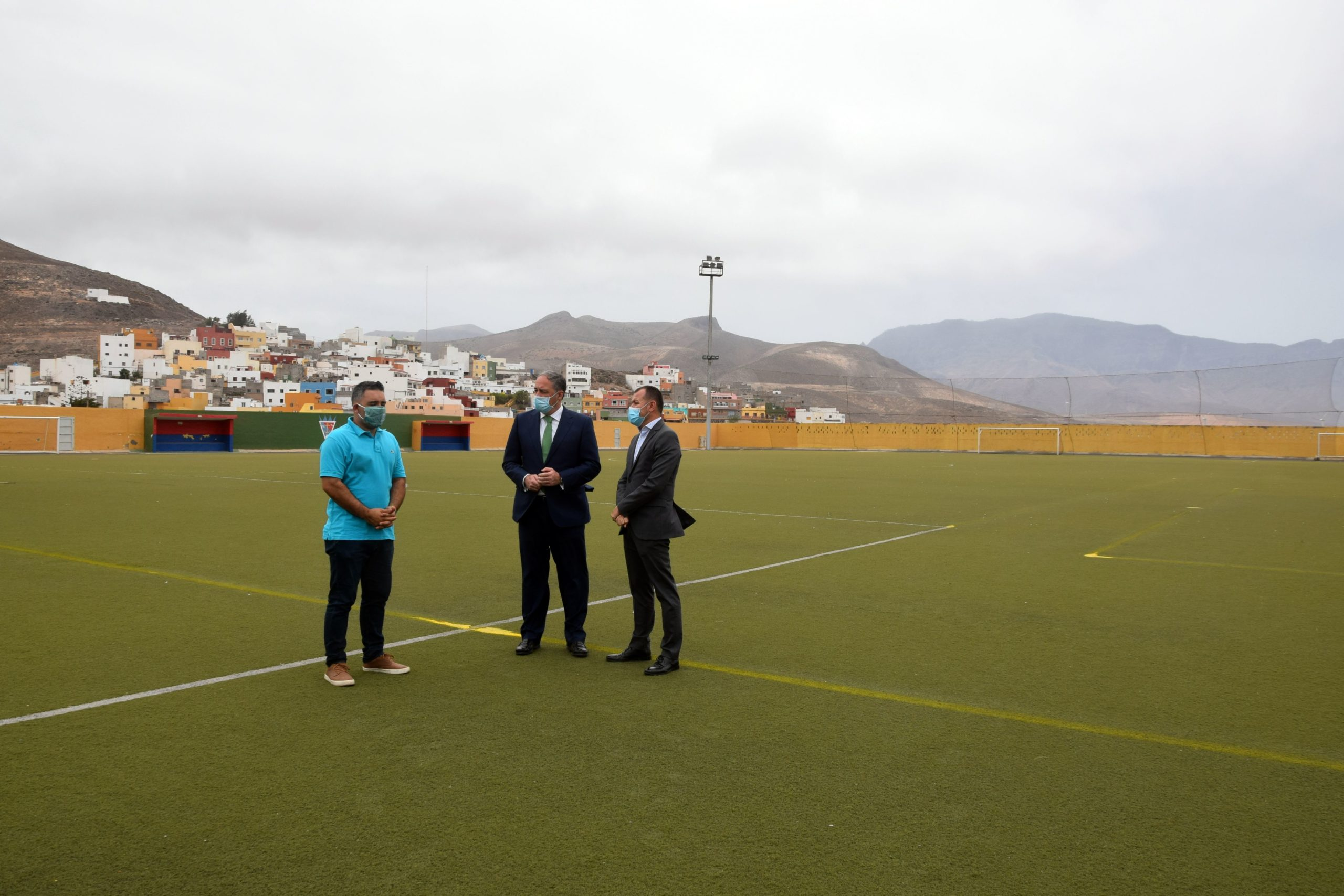 El Estadio de Sardina renovará su césped artificial