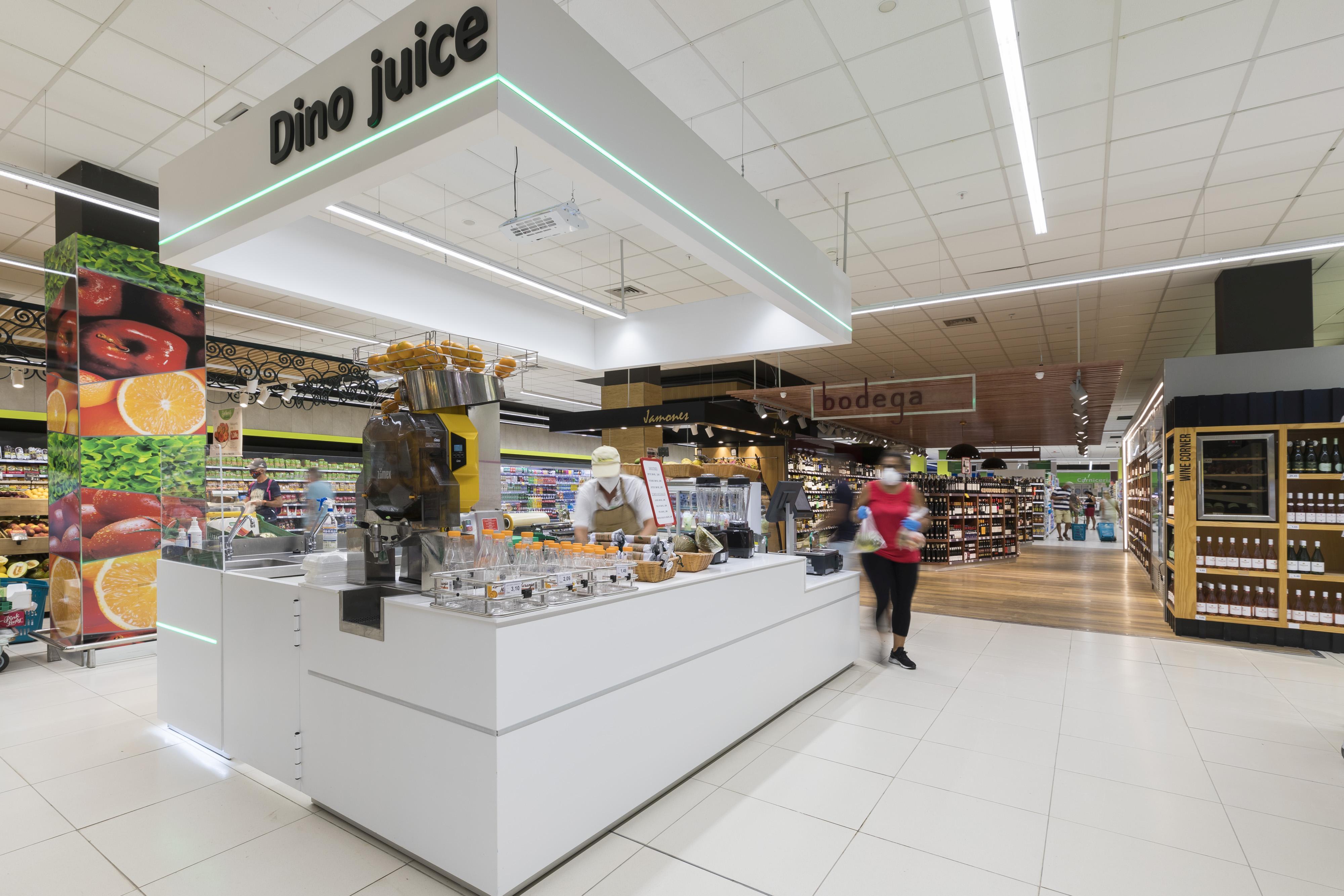 HiperDino invierte 5 millones para la reforma de dos tiendas en el sur de Gran Canaria