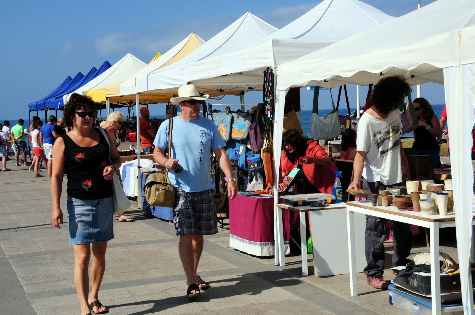 Feria de Artesanía del Faro de Maspalomas. Gran Canaria