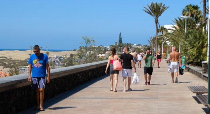 Turistas en Maspalomas. Gran Canaria