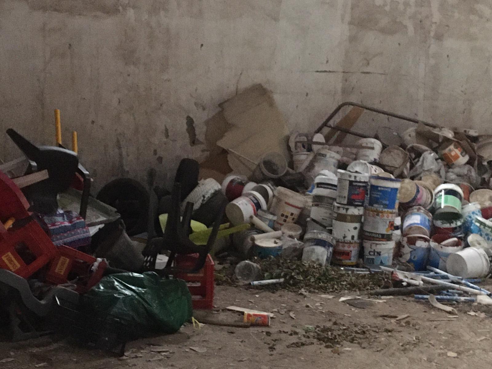 Residuos en la Nave de Guanchía, Teror. Gran Canaria