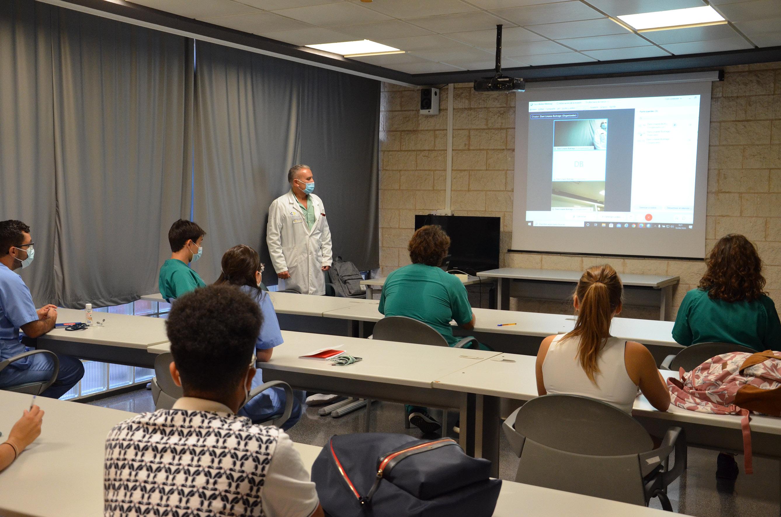 Residentes en el curso formativo en el Hospital Dr. Negrín de Gran Canaria