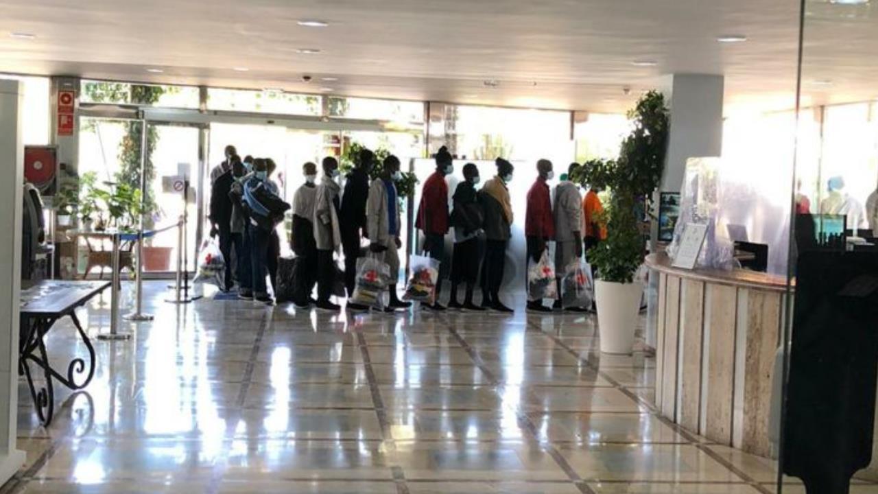 Inmigrantes en hoteles de Cuatro Estrellas/ CanariasNoticias.es