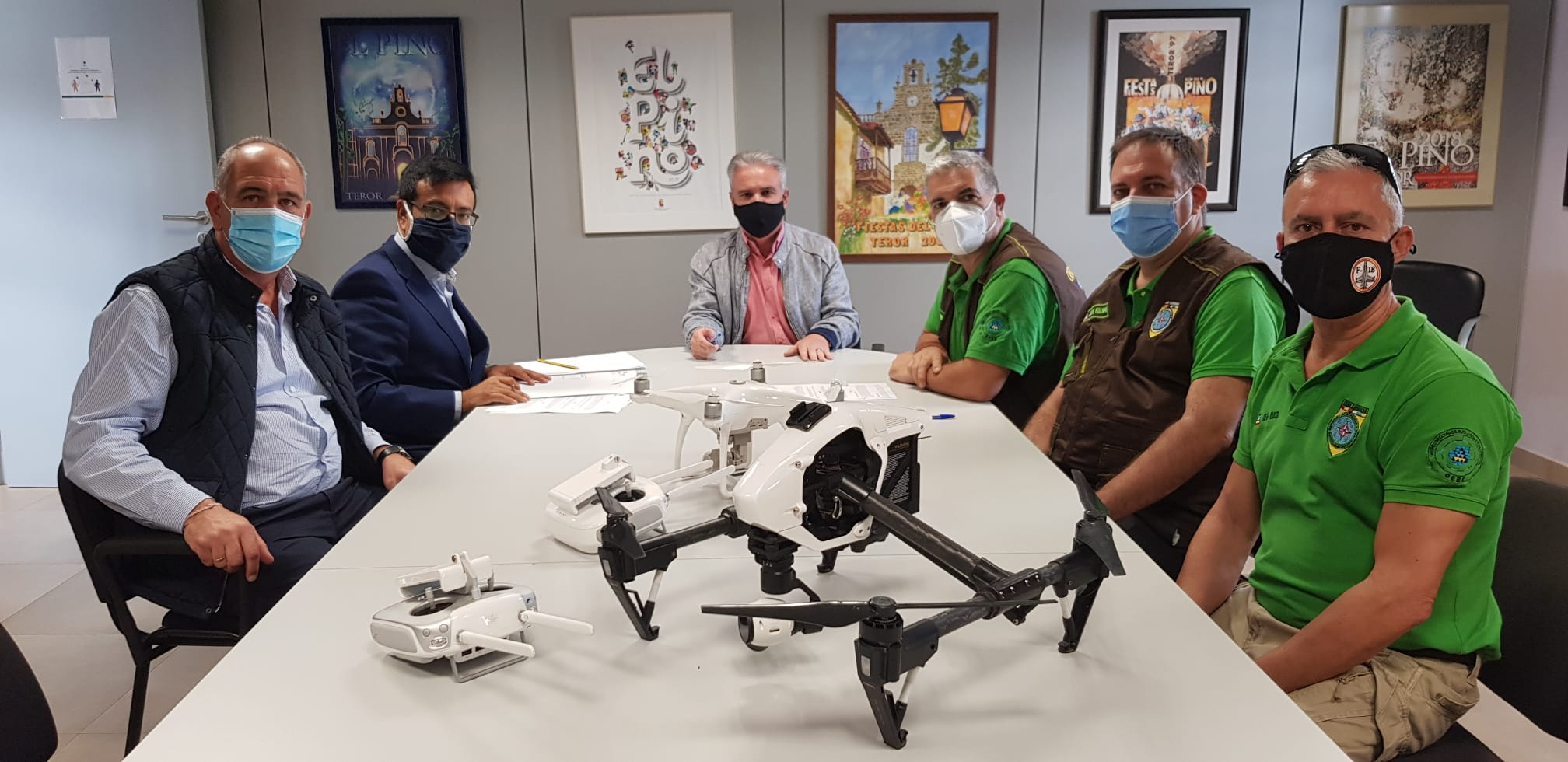 Teror firma un convenio de colaboración con el Grupo Especial de Búsqueda y Evacuación (GEBE)