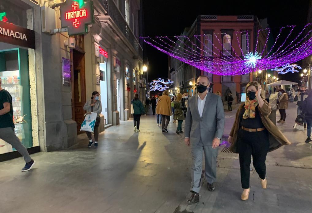Augusto Hidalgo e Inmaculada Medina en el encendido navideño de Las Palmas de Gran Canaria / CanariasNoticias.es