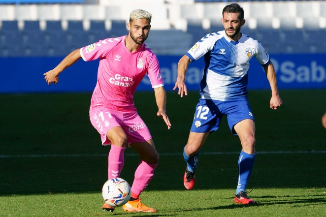 Mal partido de la U.D. Las Palmas que salió derrotada del Estadio de la Nova Creu Alta
