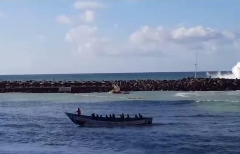 Patera en la Playa de Amadores/ canariasnoticias.es
