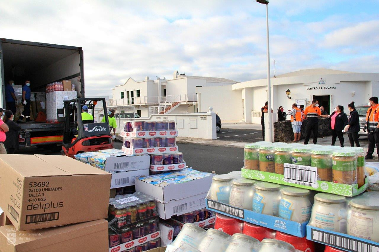 Tías recibe 17,5 toneladas de productos del Banco de Alimentos de Las Palmas / CanariasNoticias.es
