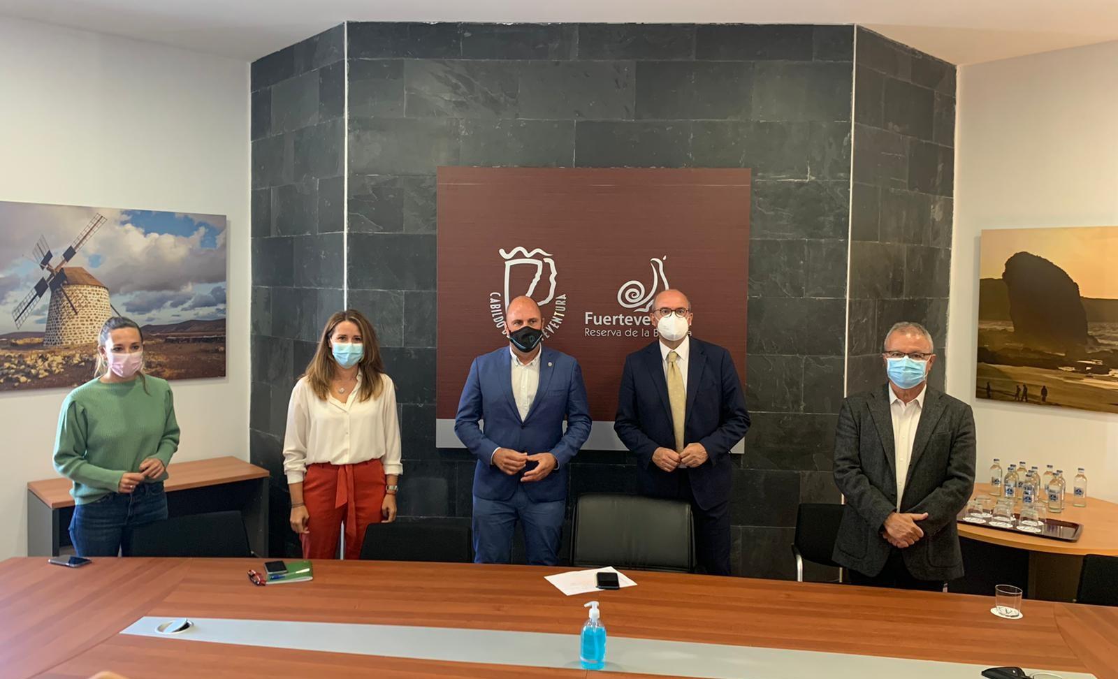 Visita del Delegado del Gobierno en Canarias al Cabildo de Fuerteventura / CanariasNoticias.es