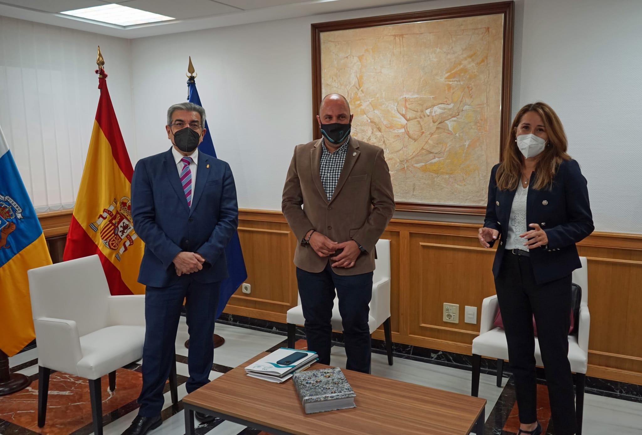 Sergio Lloret se reúne con el vicepresidente Román Rodríguez / CanariasNoticias.es
