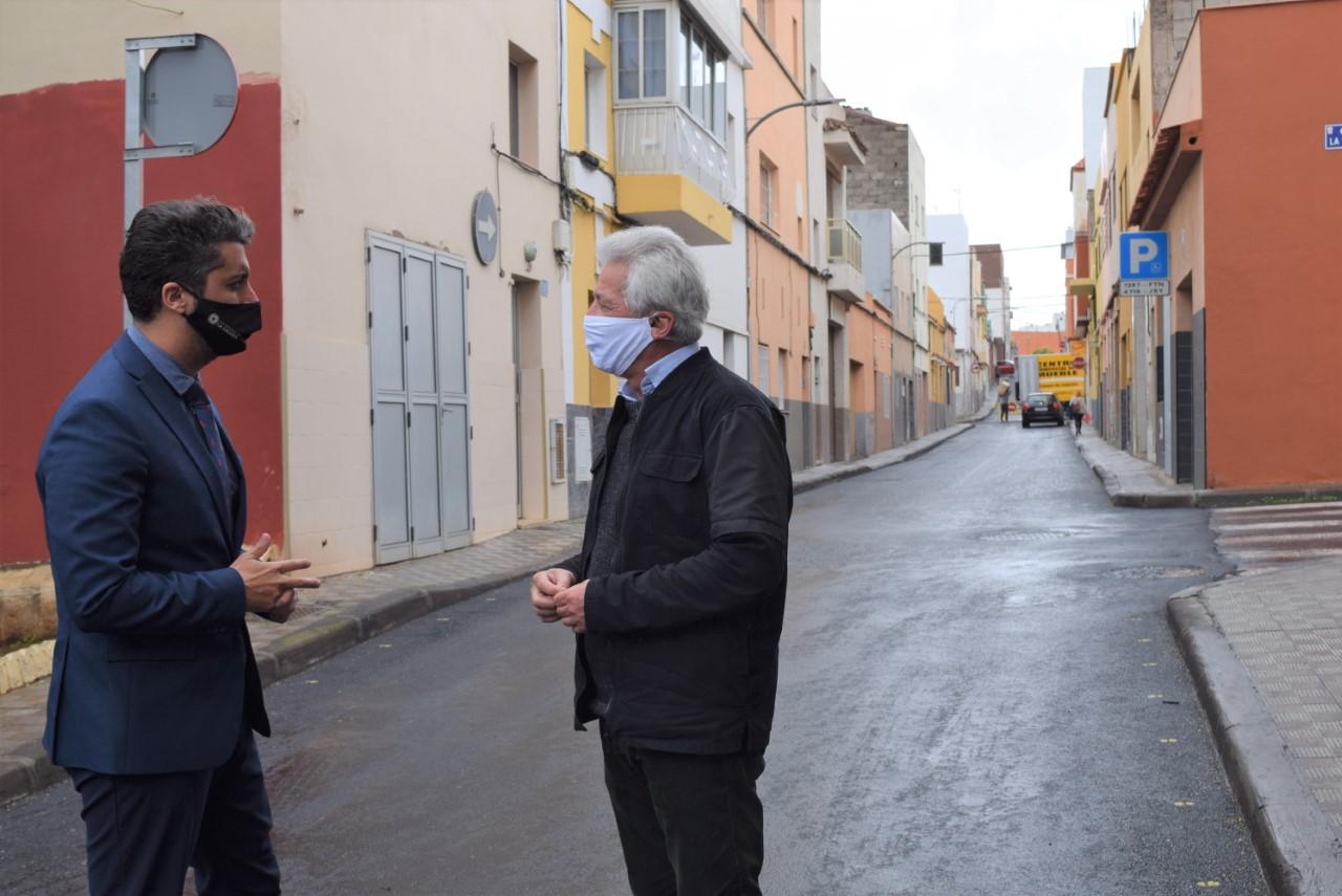 El Ayuntamiento de La Laguna invierte más de 29.000 euros en la repavimentación de la calle Narciso de Vera