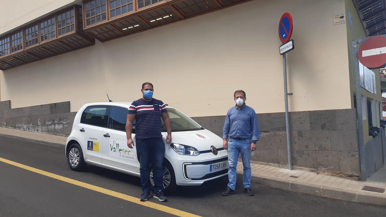 Nuevo vehículo eléctrico del parque móvil del Ayuntamiento de Valleseco (Gran Canaria) / CanariasNoticias.es