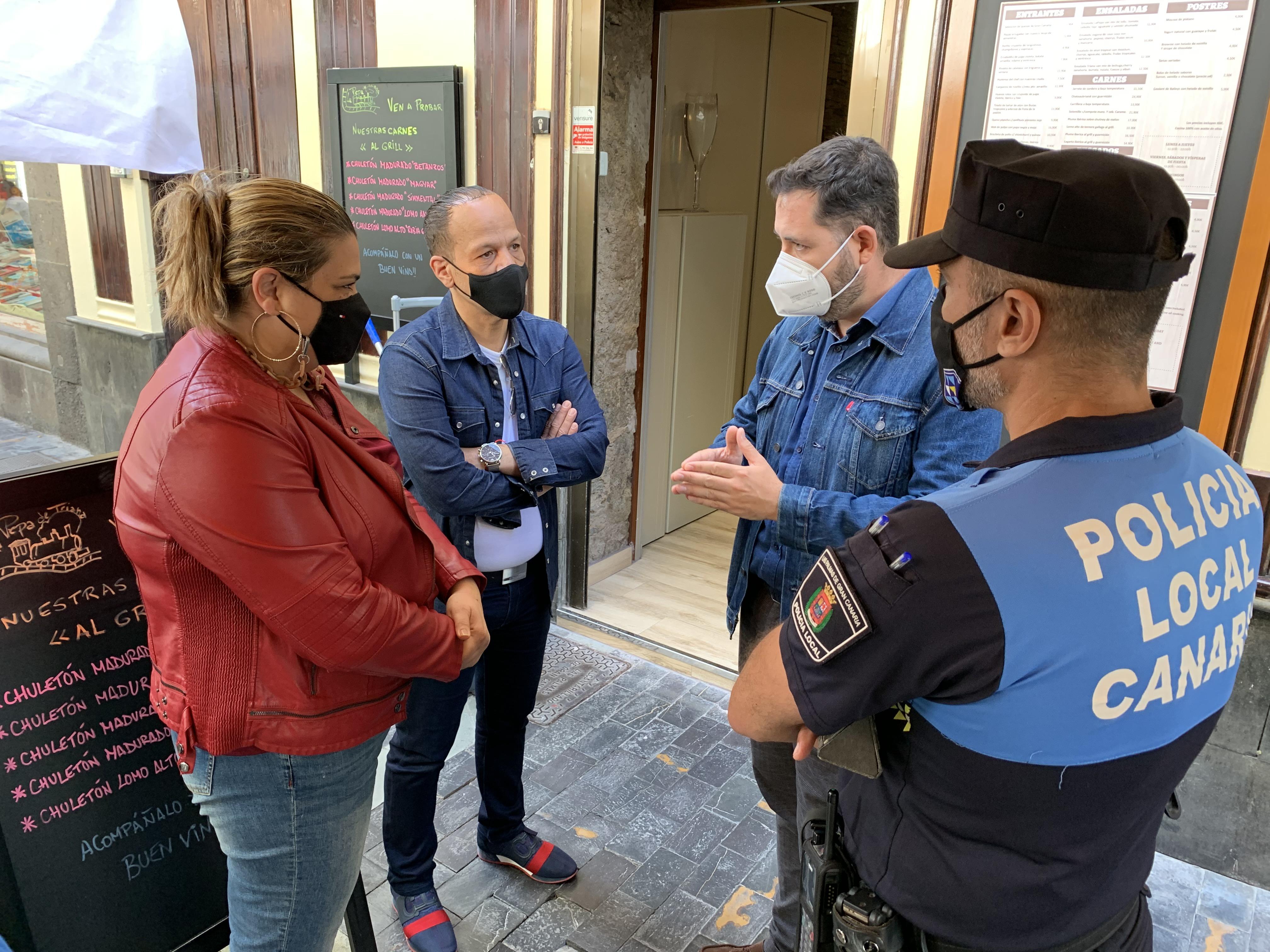 Policía de Participación Ciudadana de Las Palmas de Gran Canaria / CanariasNoticias.es