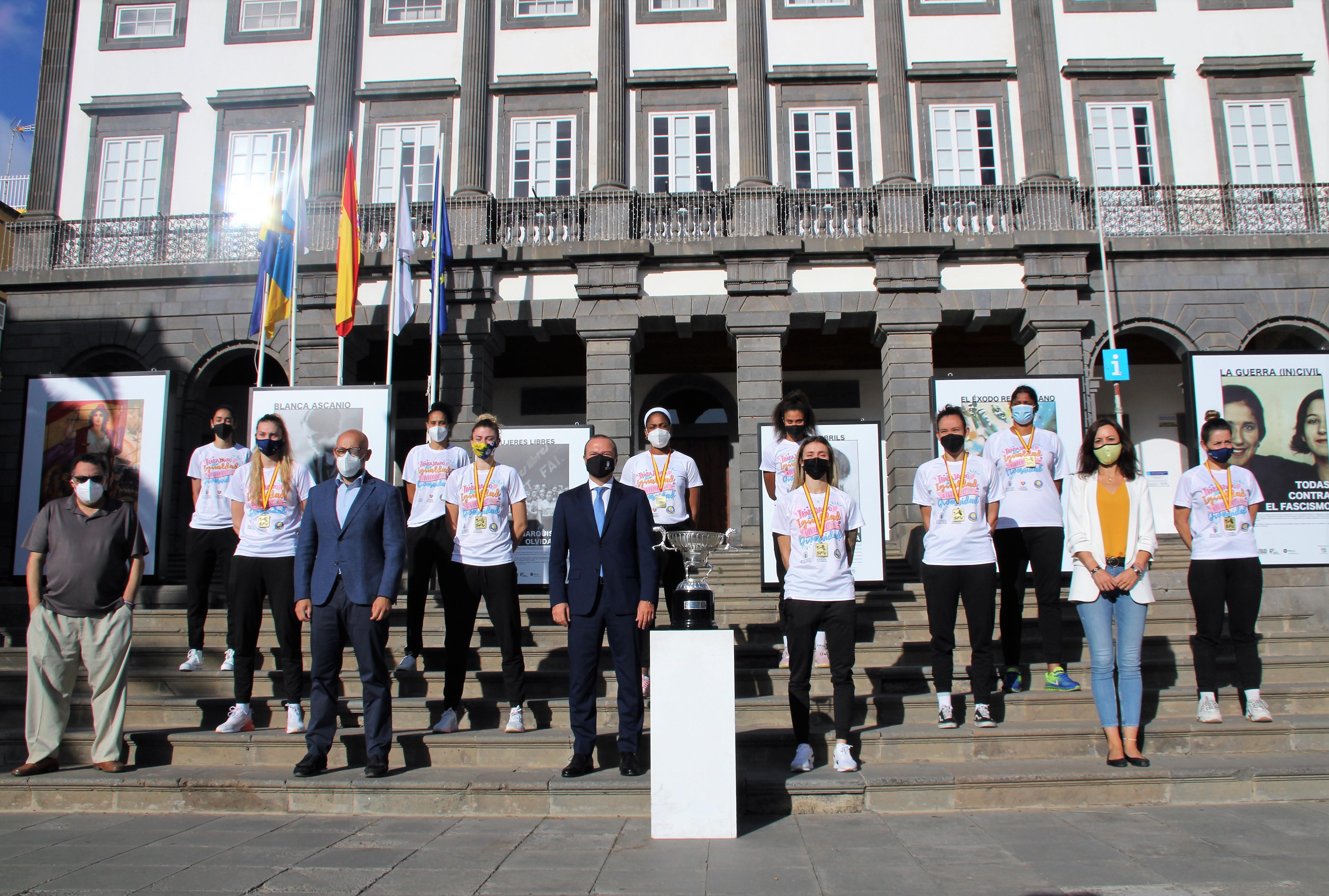 Las Palmas de Gran Canaria felicita al Club Voleibol JAV Olímpico / CanariasNoticias.es