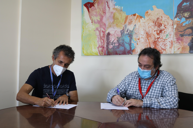 Firma del protocolo de colaboración con la Asociación de Acción Social Acompañar / CanariasNoticias.es