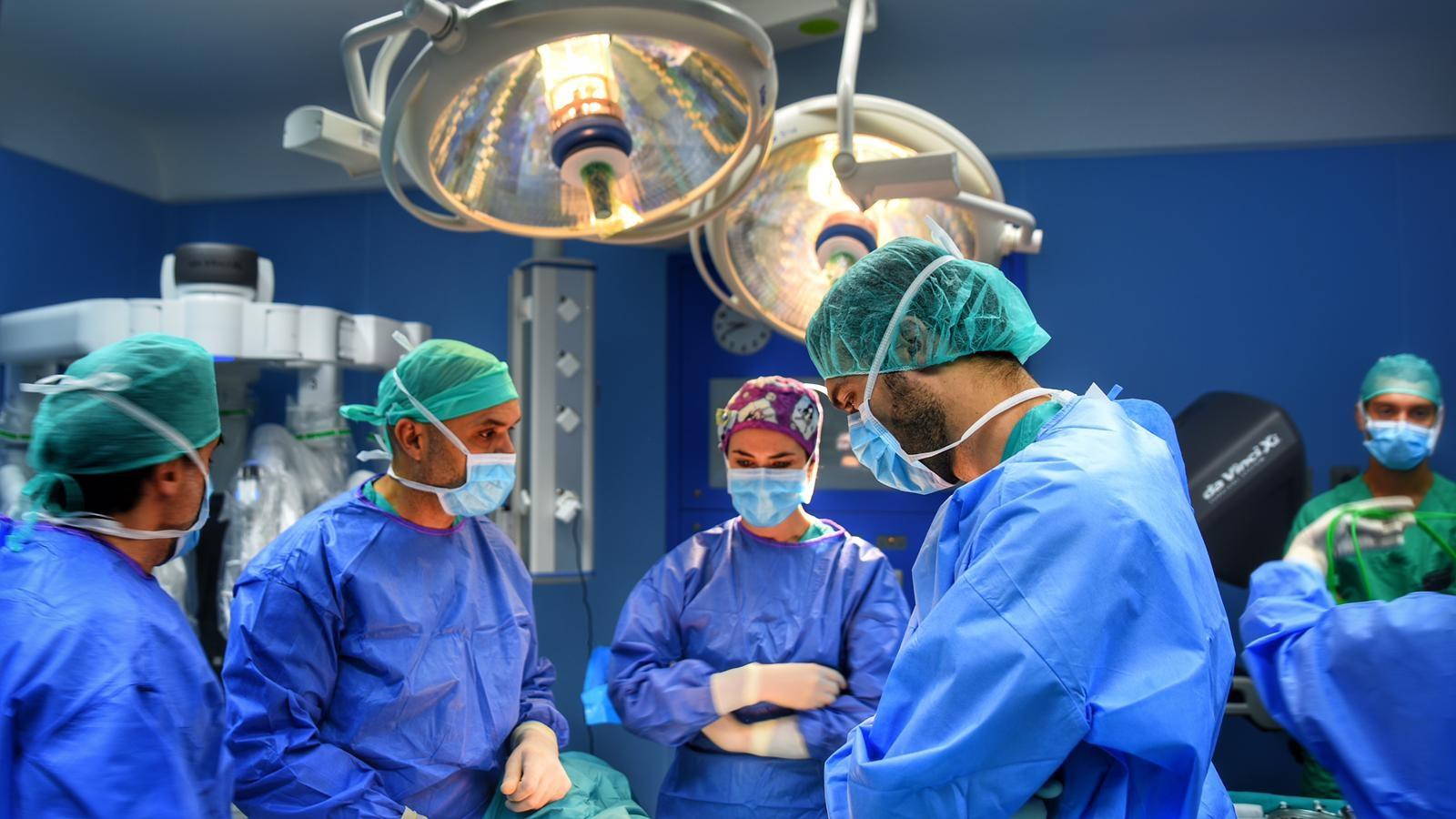 Intervención con el robot quirúrgico Da Vinci / CanariasNoticias.es