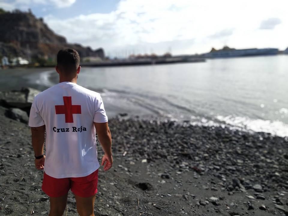 Servicio de Cruz Roja en playas de San Sebastián de La Gomera / CanariasNoticias.es