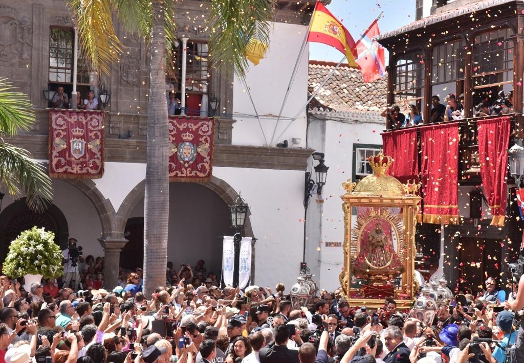 Bajada de la Virgen de las Nieves en Santa Cruz de La Palma / CanariasNoticias.es