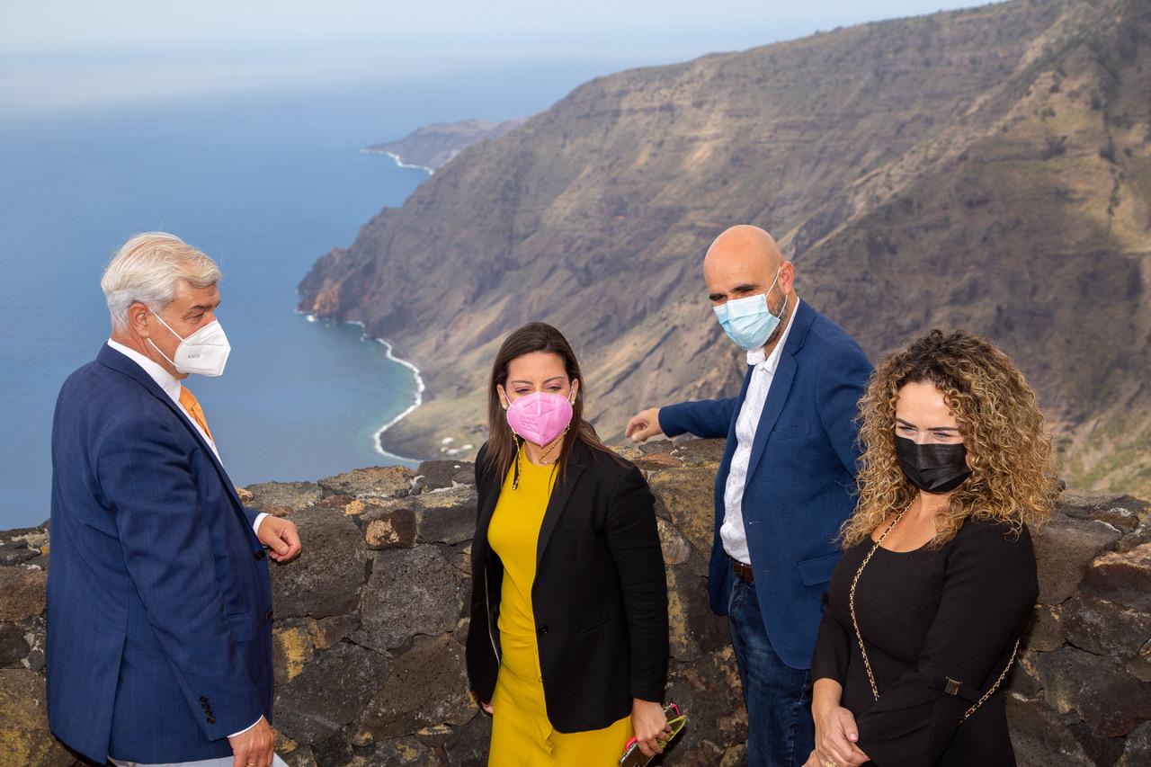 Turismo de Canarias invierte ocho millones en el impulso de proyectos de desarrollo sostenible en El Hierro / CanariasNoticias.es