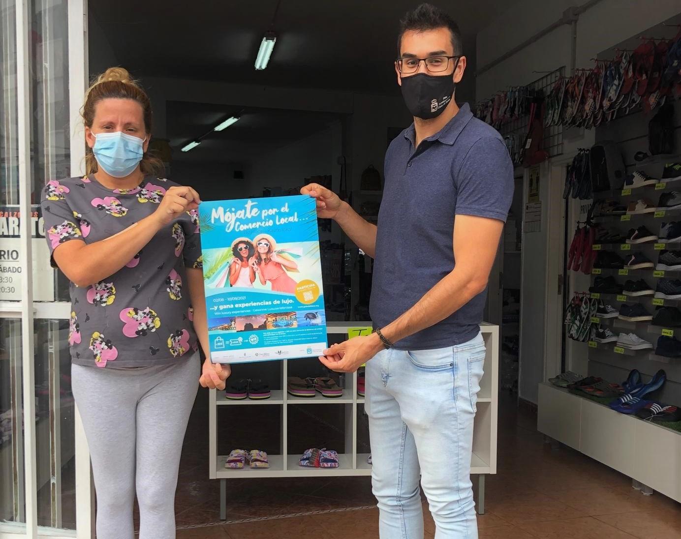 Campaña 'Mójate por el Comercio Local' en Guía de Isora (Tenerife) / CanariasNoticias.es