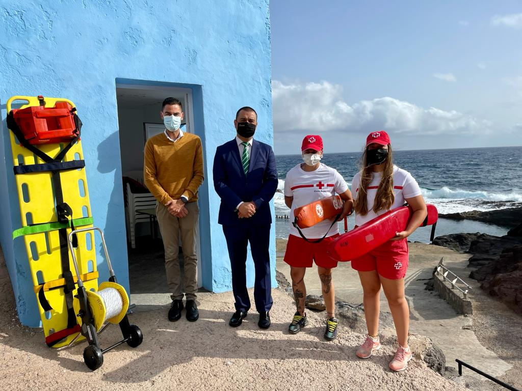 San Felipe y Roque Prieto en Guía contarán durante el verano con un servicio de salvamento y socorrismo acuático/ CanariasNoticias.es