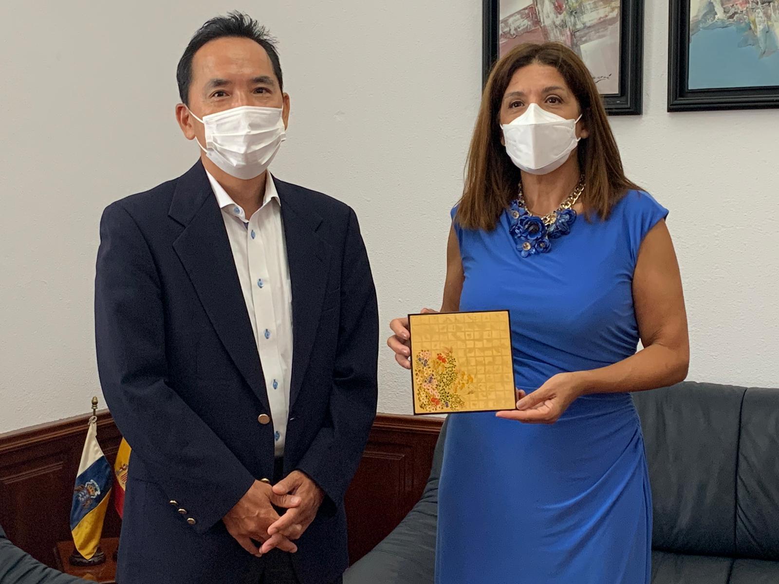 La alcaldesa de Telde recibe al nuevo cónsul de Japón en Canarias / CanariasNoticias.es