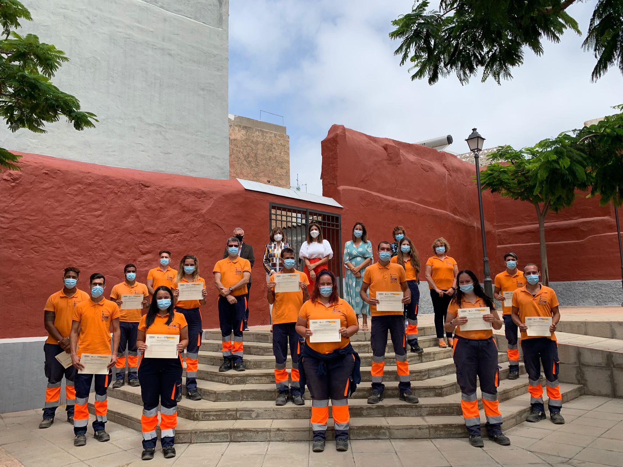 Entregan los certificados profesionales al alumnado del PFAE Magarza / CanariasNoticias.es