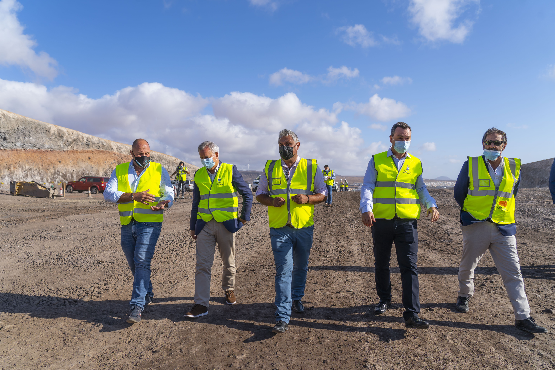 Obras en la nueva vía Caldereta-Aeropuerto de Puerto del Rosario (Fuerteventura) / CanariasNoticias.es
