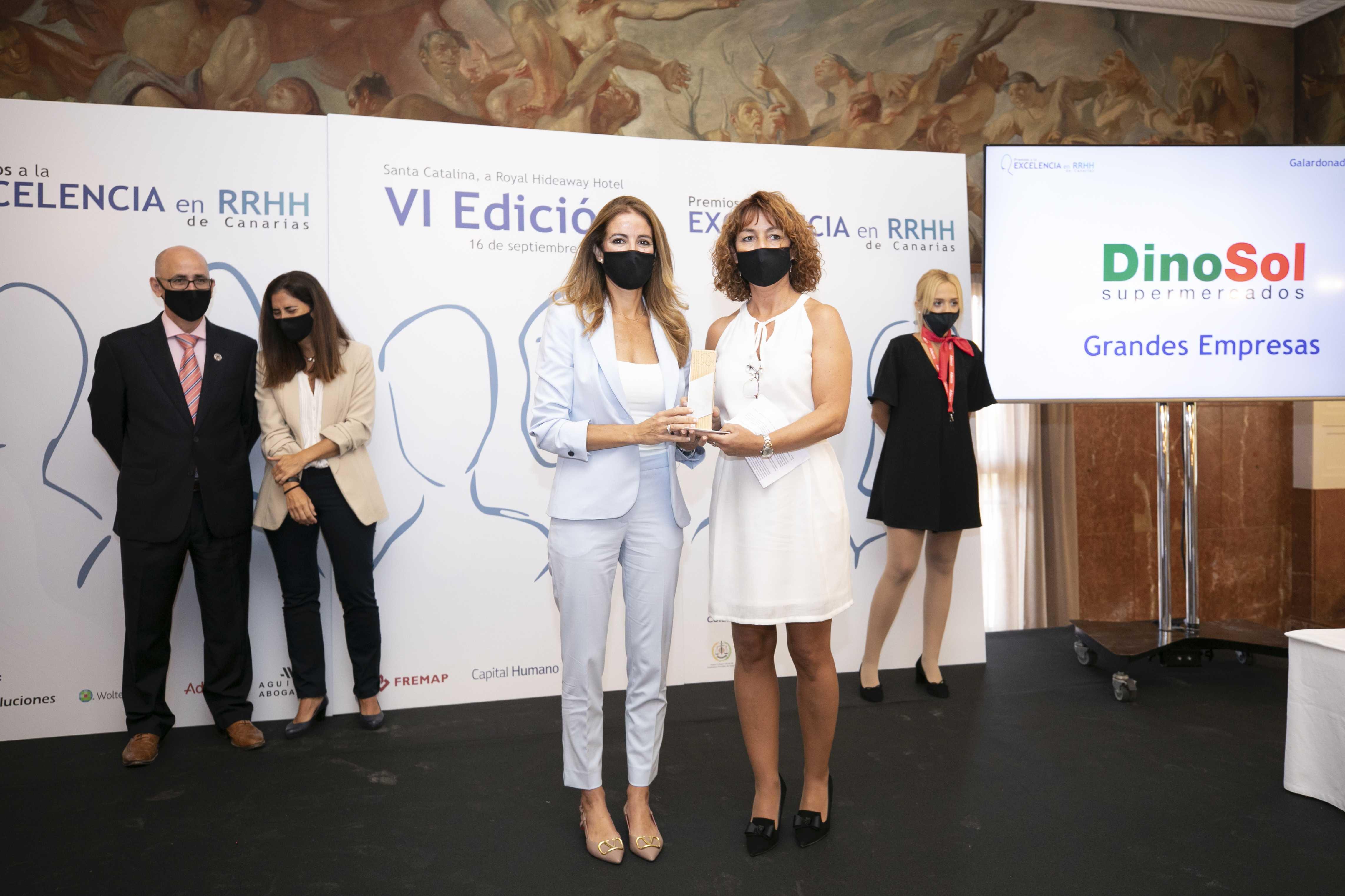 Salomé Sedano y Olivia Llorca, reciben el Premio a la Excelencia en Recursos Humanos / CanariasNoticias.es